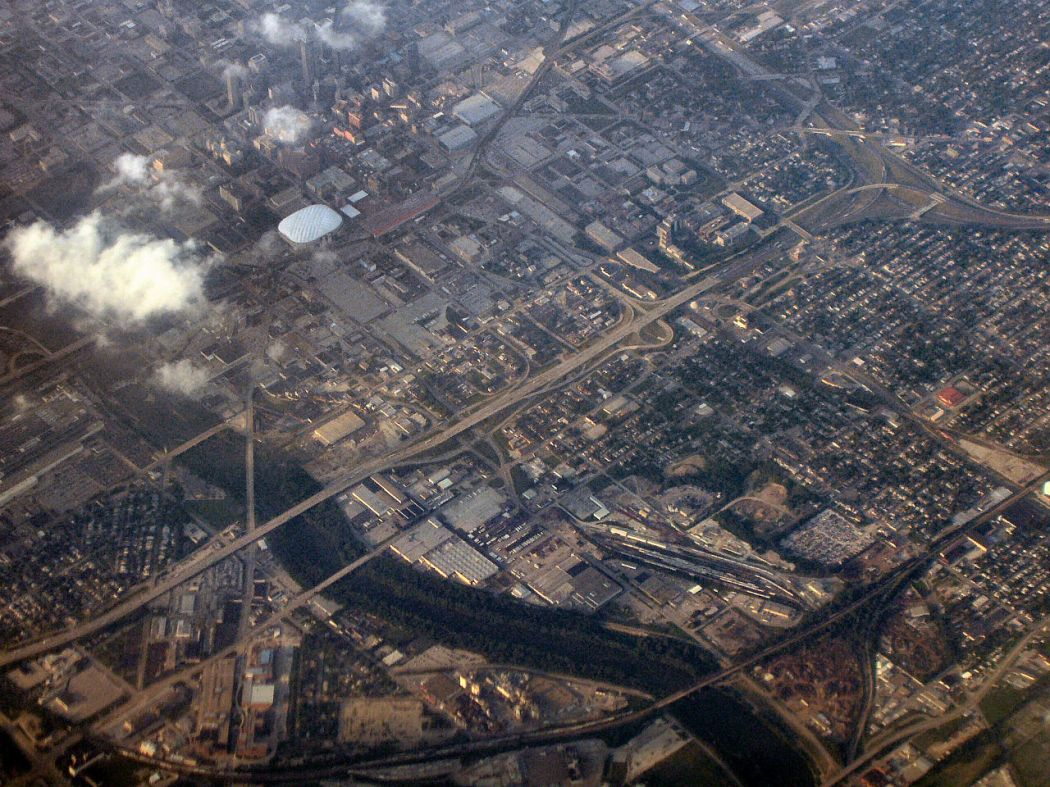 1280px-Indianapolis-indiana-from-above